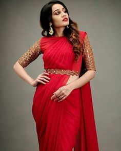 we have found 30 real brides who embraced the intimate wedding trend and wore the most beautiful red sarees for their big day. These sarees were absolutely stunning and we are completely head over heels for them!#shaadisaga#indianwedding #redsaree #redsareewedding #redsareepartywear #bridalredsaree #redsareelook #redsareewithgreenblouse #redsareewithcontrastblouse #plainredsaree #redsareeblouse #redsareeblousedesign #silkredsaree #sabyasachisaree #designersaree #southindianbridalsaree#bridal Saree Blouse Neck Designs, Half Saree Designs, Fancy Blouse Designs, Blouse For Silk Saree, Trendy Sarees, Stylish Sarees, Fancy Sarees, Saris, Indische Sarees