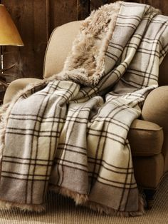 Absolute Heaven - Alpine Lodge Shearling Blanket - Ralph Lauren Home Throws - RalphLauren.com