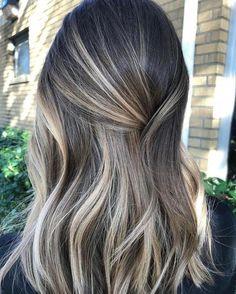 Brown Blonde Hair, Brunette Hair, Baylage Brunette, Baylage Short Hair, Ash Blonde Highlights On Dark Hair, Baliage Hair, Blonde Honey, Hair Color Balayage, Hair Highlights
