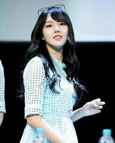 GFriend - YeRin ❤ 예린 : @ Sangnam Fansign Event