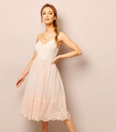 d08857b4f32b57 Shell Pink Premium Lace Trim Tulle Midi Dress