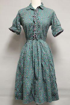 wholesale vintage clothing on vintage clothing
