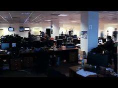 Oare ce vedem pe un birou la BitDefender? La secunda 24. :-)