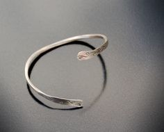 Items similar to Silver hand wrought reverse torque bangle bracelet simple twist with leaf motif design - Hallmarked handmade by Adamson Jewellery on Etsy Slave Bracelet, Bangle Bracelets, Neo Victorian, Motif Design, Natural Forms, Hair Piece, Statement Rings, Anklet, Heart Ring