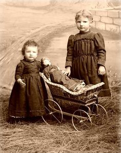Vintage Children by Suzee Que, via Flickr