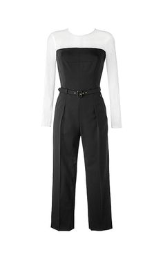 Modern two-tone ESCADA jumpsuit with a cropped leg and a percentage of silk. The sheer shoulders, sleeves, and décolletage in a contrasting color create a particularly elegant look. The separate belt gently accentuates the waist.#MODELFIT: The model is wearing a size 34 with a height of 70.1 '' and a waist circumference of 23.6 ''.#Two-tone|7/8-length sleeves|Sheer décolletage, shoulders and arms|Tapered fit|Separate belt with a gold-colored ESCADA buckle