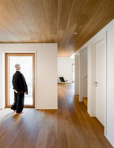 Studio Inches raises the roof of an Alpine home to create a lofty living space.