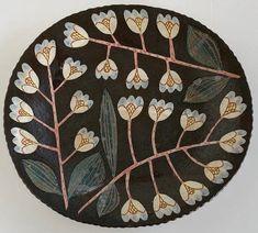 Oval Plate, x Pottery Plates, Ceramic Pottery, Pottery Art, Ceramic Clay, Ceramic Painting, Ceramic Plates, Illustrations, Illustration Art, Sgraffito