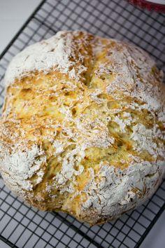Tengo un horno y sé cómo usarlo | Recetas & fotos | Cocina paso a paso| Food | Spanish | Recipes: Pan de soda irlandés -versión ultra rápida- por Sant Patrick
