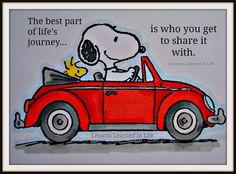 Hehehe! Snoopy and his VW Beetle! :)