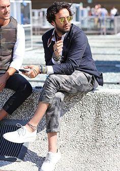 迷彩柄パンツの着こなし・コーディネート一覧【メンズ】   Italy Web