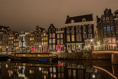 Red Light District 25 Things To Do in Amsterdam | http://www.everintransit.com/things-to-do-in-amsterdam/