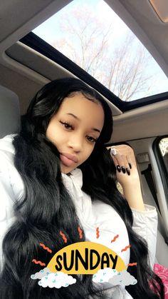 black women's makeup h Black Girls Hairstyles, Cute Hairstyles, Beautiful Hairstyles, Sew In Wig, Natural Hair Styles, Short Hair Styles, Brazilian Hair Bundles, Hair Laid, Flawless Skin