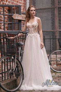 4fd18ddb56 Wedding Dress Inspiration - Milva. Menyasszonyi KollekcióMenyasszonyi  RuhákEsküvői RuhákVőlegények