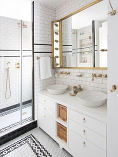 Is your home in need of a bathroom remodel? Give your bathroom design a boost with a little planning and our inspirational small bathroom remodel ideas. Budget Bathroom, Bathroom Renovations, Bathroom Interior, Home Remodeling, Bathroom Ideas, Remodel Bathroom, Bathroom Designs, Bad Inspiration, Bathroom Inspiration