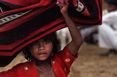 लाल (RED), Annual Pushkar Camel Fair (India, Rajastan); by DocBudie, via Flickr