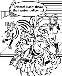 This Mackenzie Hollister deserved to be thrown by a water balloon for all the mean things she had done to Nikki Maxwell. Dork Diaries Characters, Book Characters, Dork Diaries Books, Disney Princess Fashion, Kids Book Series, Diary Book, Water Balloons, Travel Humor, Book Fandoms