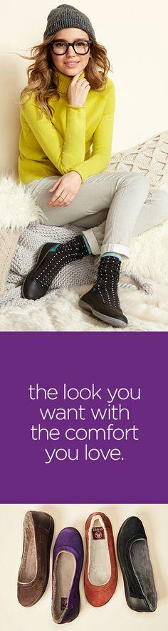 #warm #fuzzy #comfort  http://www.crocs.com/crocs-Women%27s-Duet-Lined-Flat/12365,default,pd.html