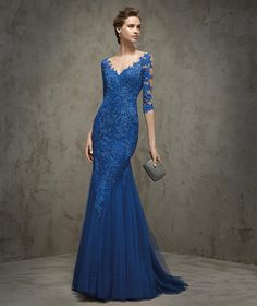 Shop for ball dresses NZ, formal ball gowns online with Pickedlooks. Affordable long or short evening gowns from the Most Trusted Ball Dress Store. Elegant Dresses, Nice Dresses, Prom Dresses, Formal Dresses, Mermaid Evening Dresses, Evening Gowns, Evening Party, Vestidos Azul Royal, Royal Blue Dresses