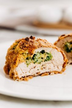 Broccoli Cheese Stuffed Chicken Breast Rolls: Juicy, tender chicken stuffed with creamy ricotta and sharp cheddar cheeses, and broccoli, then breaded with panko to create a fantastic crisp exterior. Chicken broccoli anything is probably one Brocoli And Cheese, Chicken Broccoli Cheese, Baked Chicken, Butter Chicken, Garlic Butter, Roasted Chicken, Ricotta Stuffed Chicken, Stuffed Chicken Roll, Stuffed Chicken Breasts