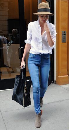 50 Street Wear Casual Chic Outfits Trending Ideas / / 50 Street Wear Casual Chic Outfits Trending Street Wear Casual Chic Outfits Trending IdeasBy Posted on September # Jean Outfits, Chic Outfits, Fashion Outfits, Womens Fashion, Lazy Outfits, Fashion Clothes, Fashion Ideas, Fashion Trends, Denim Fashion