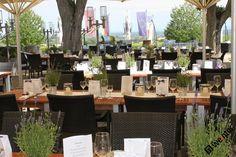 Hochzeit auf der Terrasse im Deutschen Weintor Restaurant in der Pfalz
