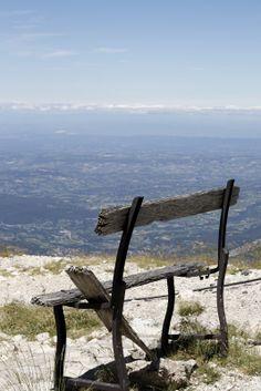 Vue sur le Mont-Ventoux, Vaucluse, France.