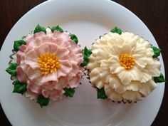 double ruffle cupcakes