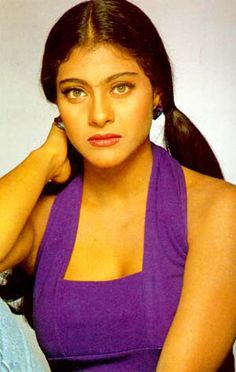 Kajol looking so radiant Bollywood Funny, Vintage Bollywood, Bollywood Actors, Best Actress In India, Most Beautiful Indian Actress, Iconic Women, Old Actress, Celebs, Celebrities
