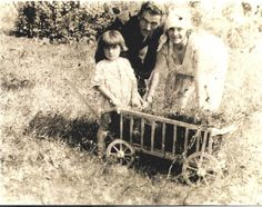 My dad with my grandparents, in Poland. Amber Heart, Grandparents, My Dad, Childhood Memories, Poland, Dads, Couple Photos, Couples, Grandmothers