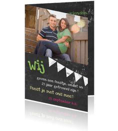 Uitnodiging huwelijksfeest 25 jarig huwelijk met schoolbord en foto