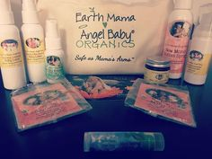 Love these goodies from @earthmamaangelbaby #momcoplaydateswag #sign4baby #signingwithmrsclaus #theswagmama #rafflewinner @sign4baby