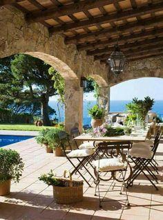 Terrasse avec vue extrêmement agréable.