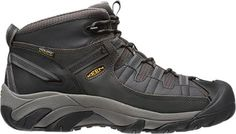 Targhee II Mid TAC hiking boots take everything awesome from the original Targhee II boots and package it in an updated, lighter-weight design.