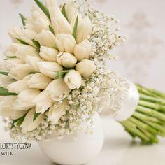 bukiet ślubny białe tulipany gipsówka