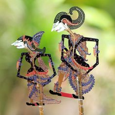 Buy Leather shadow puppets, 'Kamajaya in Color' (pair) today. Each original piece goes through a certification process to guarantee best value and premium quality. Puppet Making, Leather Carving, Wood Display, Color Pairing, Shadow Puppets, Painting Leather, Meet The Artist, Women's Shorts, Wood Sculpture