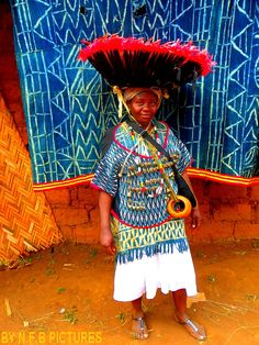Vêtement traditionnel BAMILEKE...Ouest-Cameroun