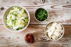 Ein Kimchi Rezept für Einsteiger | Food Vegetarisch Palak Paneer, Ethnic Recipes, Food, Kimchi Recipe, Chinese Cabbage, Meal, Essen, Meals, Yemek