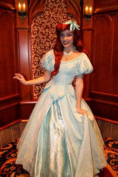I want to be Arielllll Ariel Disney World, Disney Princess Ariel, Disney Live, Disney Girls, Princess Belle, Disney Stuff, Ariel Cosplay, Disney Cosplay, Disney Characters Costumes