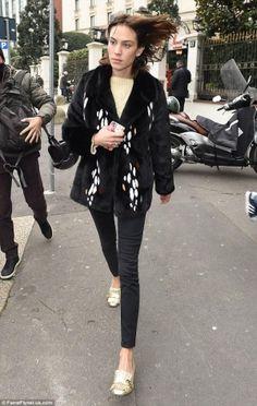 e8f9360ac4a Alexa Chung wearing Gucci Marmont Pumps Gucci Marmont Pump