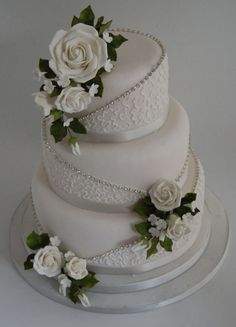 Wedding And Celebration Cakes Lisa Broughton - Quoteko.com