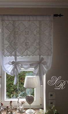 Shabby Chic Home Decor Shabby Chic Kitchen Curtains, Shabby Chic Homes, Shabby Chic Decor, Kitchen Curtain Designs, Rideaux Shabby Chic, Rideaux Design, Lace Window, Window Dressings, Window Coverings