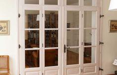 Haustüren aus Massivholz in Österreich   Rusticatio Türen und Fenster China Cabinet, Kiefer, Storage, Portal, Furniture, Home Decor, Window Grill, Wood Windows, Castle Doors