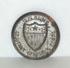 RARE-1940s-CRACKER-JACK-TIN-U-S-ARMY-BADGE-ADJUTANT-GENERAL-CORPS-PREMIUM-PIN