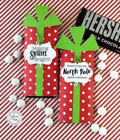 Christmas candy bar wrappers, teacher appreciation gift, candy bar wraps, t Christmas Candy Bar, Neighbor Christmas Gifts, Christmas Party Favors, Christmas Gift Baskets, Christmas Gift Wrapping, Handmade Christmas, Christmas Fun, Neighbor Gifts, Christmas Birthday