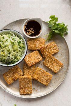 Tofu croustillant et salade croquante - K pour Katrine Tofu Recipes, Asian Recipes, Vegetarian Recipes, Cooking Recipes, Healthy Recipes, Tofu Dishes, Exotic Food, Perfect Food, Food Photography