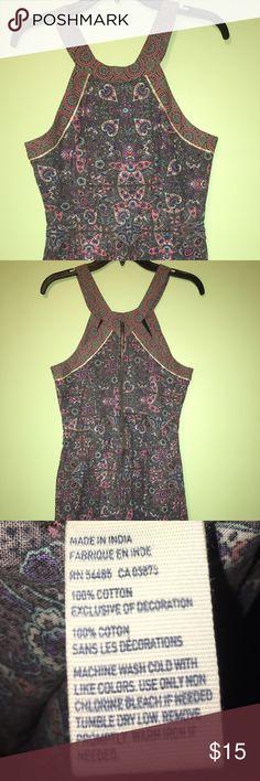 NWOT American Eagle dress Cute dress, never worn, back zipper. American Eagle Outfitters Dresses