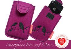 Smartphone Etui Tasche Personalisiert auf dein Mas von Schlafbrille-Reisebrille.com ✿oder✿ RooK-Style.com auf DaWanda.com