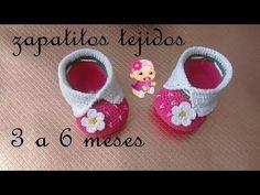 zapatitos tejidos a crochet - diseño de fresa -bebe - YouTube Booties Crochet, Baby Booties Knitting Pattern, Baby Shoes Pattern, Crochet Slippers, Baby Knitting, Knit Crochet, Crochet Baby Clothes, Crochet Baby Shoes, Crochet Patron