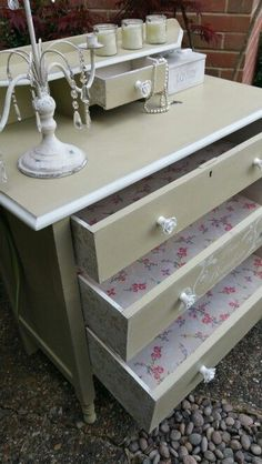 Shabby chic in Annie Sloan's Versailles and old white, by Imperfectly Perfect xx